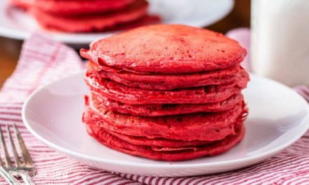Delicious & Easy Red Velvet Protein Pancakes Recipe